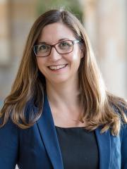 Dr Marion Karl