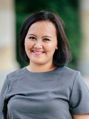 Ms Fitri Oktaviani