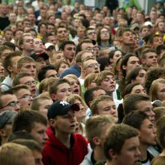 The wisdom of crowdsourcing