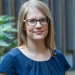 Ms Alicia Van Zyl
