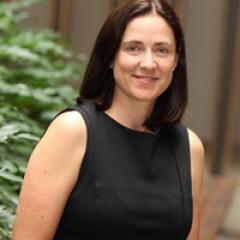Mrs Amanda Hellen
